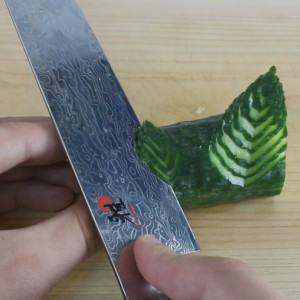 slicing-the-leaves-out-of-cucumber