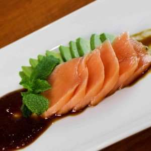 Salmon-Sashimi-cooked-food