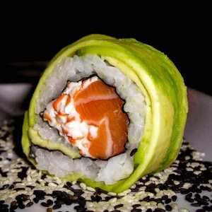 Avocado Exterior Roll recipe