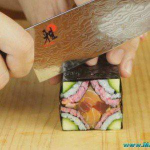 cutting mosaic sushi